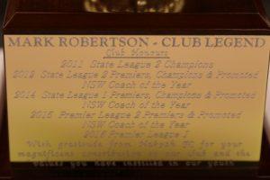 trophy-robbo